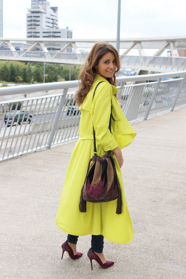 she-in-trench-amarillo-loreto-gordo-made-in-style-blog-street-style-fall-0013-1