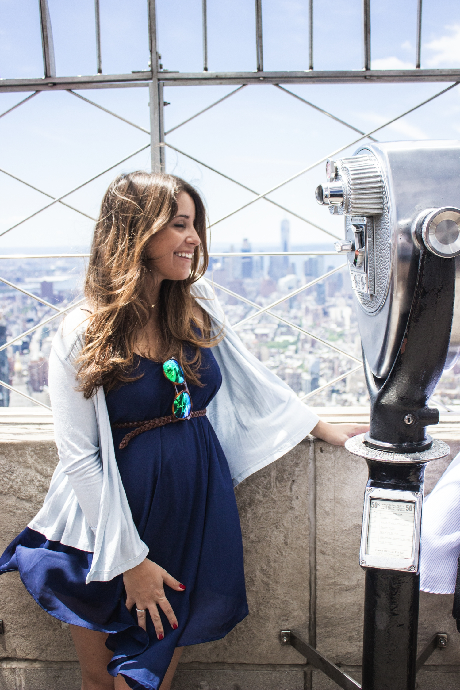 loreto_made_in_style_new_york_travel_blue_dress_empire_state_white_vans_leather-19