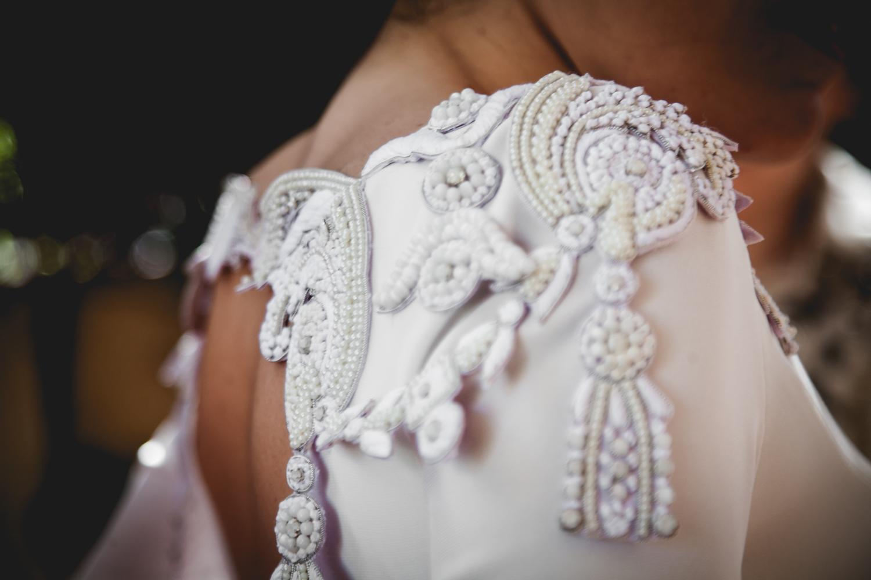 vestido-de-novia-detalles-borderie-tita-trillo-milano-bodas-made-in-style