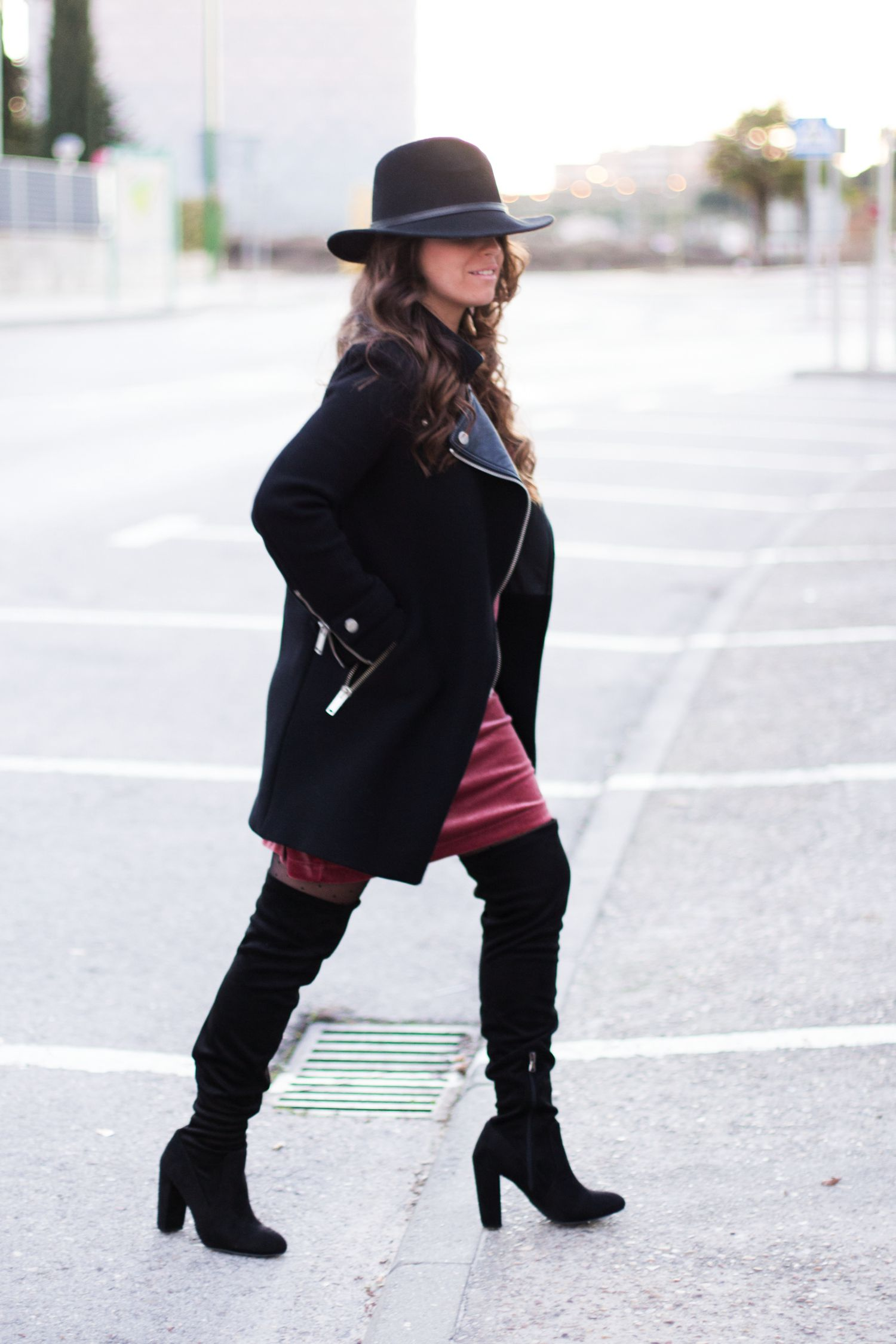 loreto_made_in_style_ovs_heel_boots_velvet_burgundy_lace_dress_-36