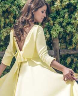 el_vestido_amarillo_loreto_gordo_made_in_style_look_de_invitada_carcelen_couture_made_in_spain