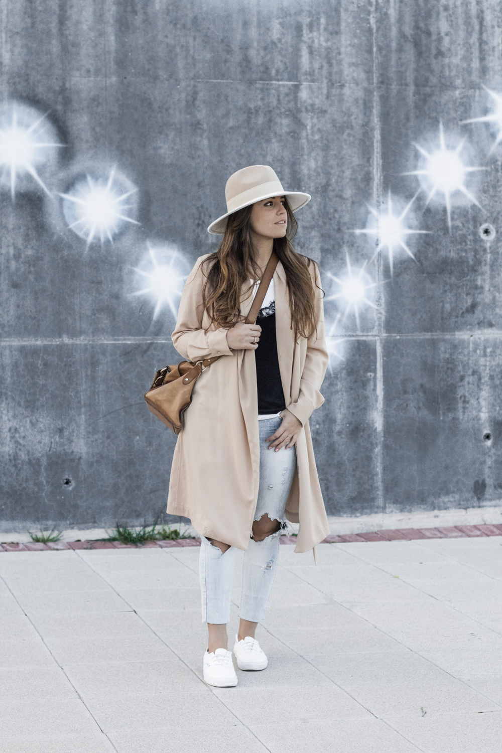 loreto_made_in_style_top_lencero_denim_trench_sombrero_blanco-1-2