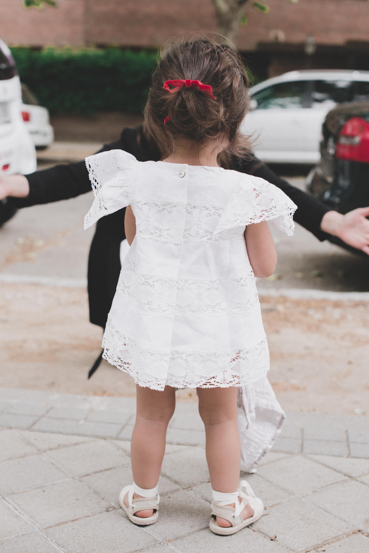 loreto-made-in-style-little-loreto-levantelier-moda-infantil-vestido-guipur-lazo-coleta-alpargatas-nina-10.jpg