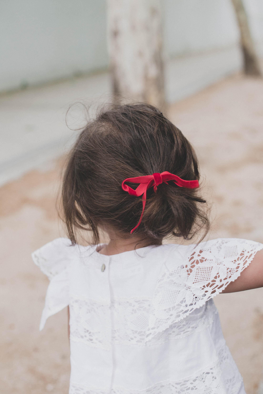 loreto-made-in-style-little-loreto-levantelier-moda-infantil-vestido-guipur-lazo-coleta-alpargatas-nina-13.jpg