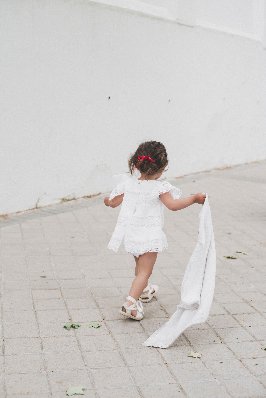 loreto-made-in-style-little-loreto-levantelier-moda-infantil-vestido-guipur-lazo-coleta-alpargatas-nina-17.jpg