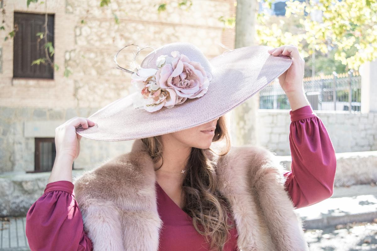 Look de boda premamá: pink & burgundy